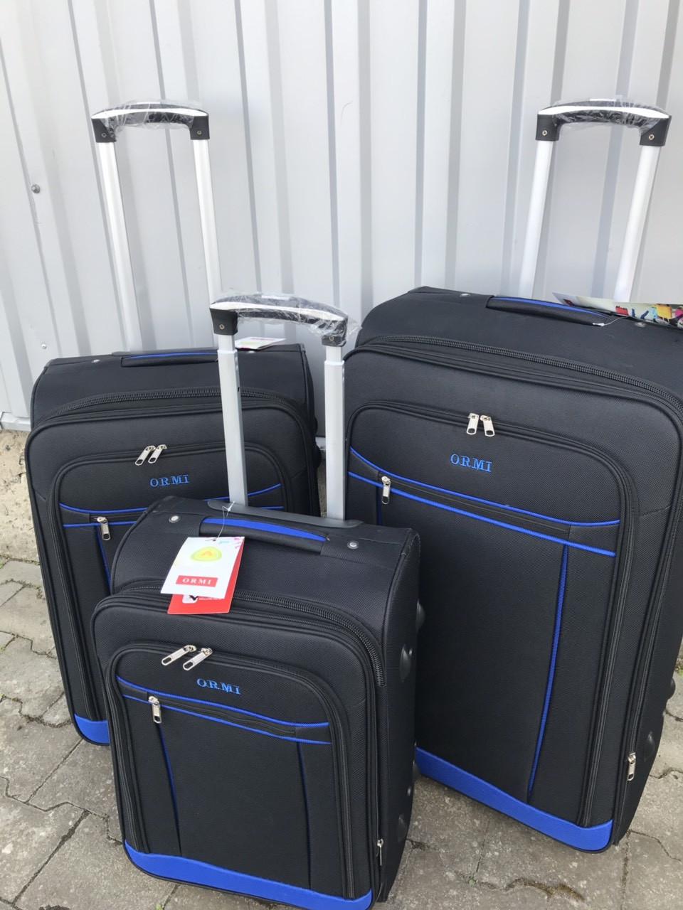 Средний тканевый чемодан Ormi 1318 на 2 колесах черный