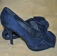Туфлі жіночі, на 25 см., з бантами