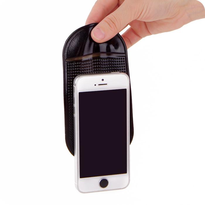 Магнитный держатель для телефона на панель автомобиля