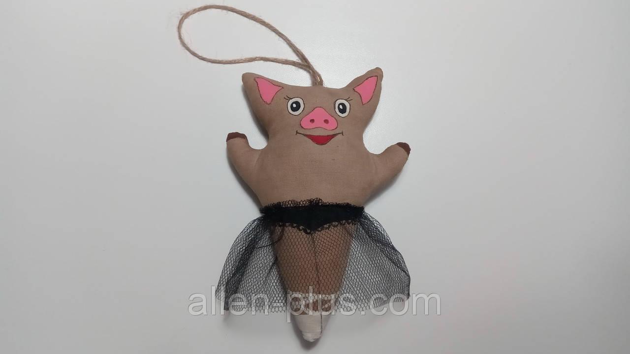 Кофейная игрушка ручной работы Свинка-балерина Черный лебедь