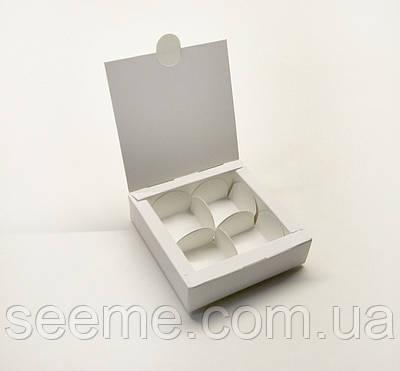 Коробка для 4 цукерок 110x110x30 мм
