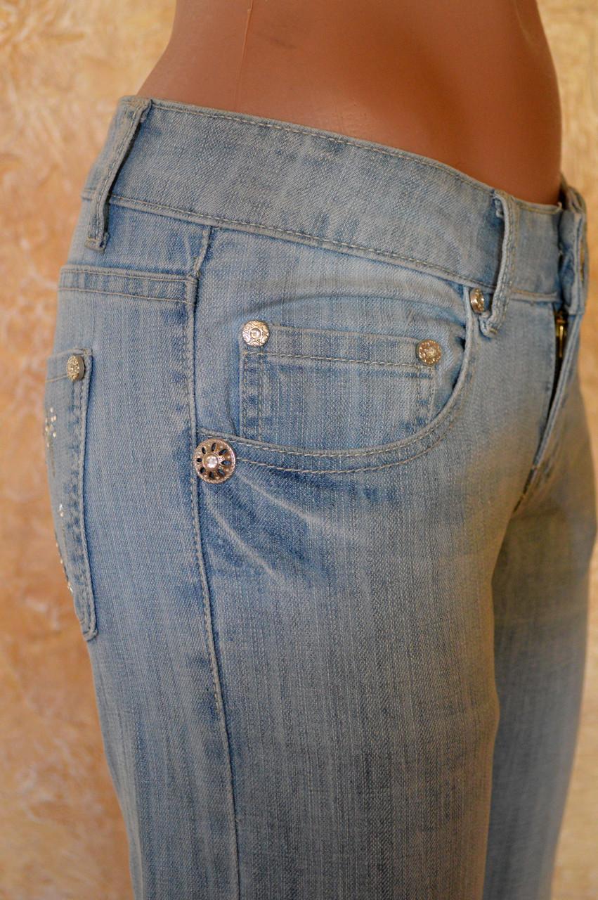 Женские джинсы 236