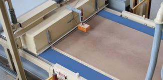 Транспортерні стрічки та приводні плоскі паси Habasit для девевообробної промисловості.