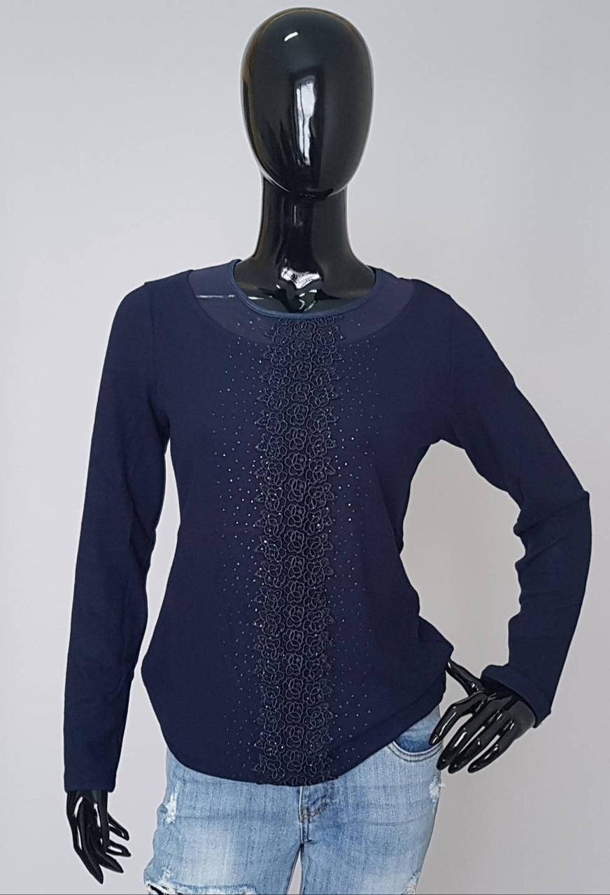 Женская нарядная кофта с кружевом и стразами