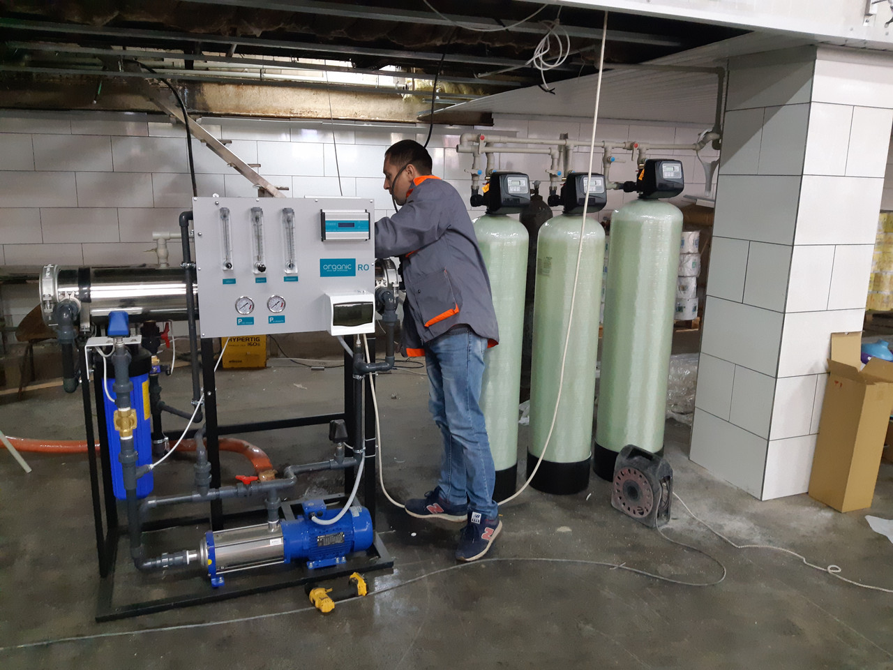 Монтаж системы очистки воды