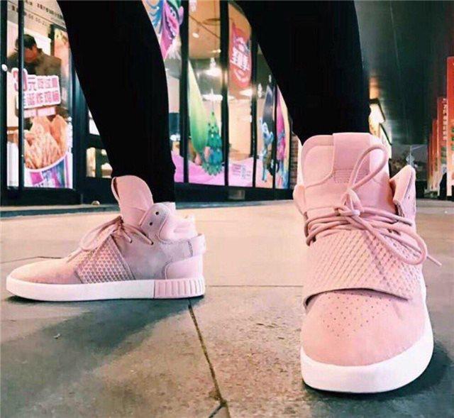 Кроссовки женские Adidas Tubular invader D5496 розовые теплые