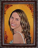 Портрет из янтаря под заказ по Вашему фото.