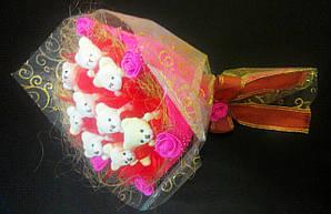 Букет из игрушек с мишками