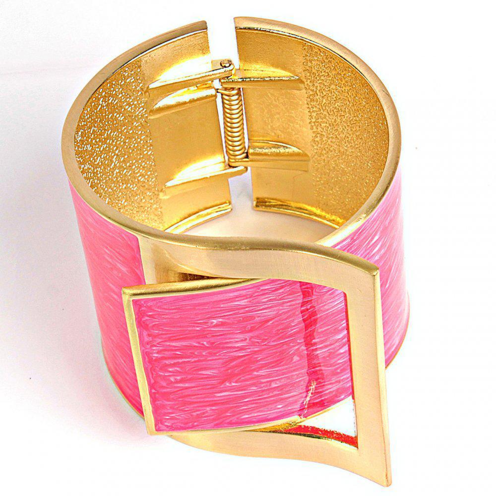 [6см] Браслет женский, широкий, шарнирный, в виде ремня с пряжкой, украшенной мелкими фианитами, розовый