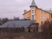Жительница Буковины построила солнечную электростанцию и продает местной энергокомпании часть производимой электроэнергии