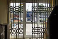 Дверные раздвижные решетки