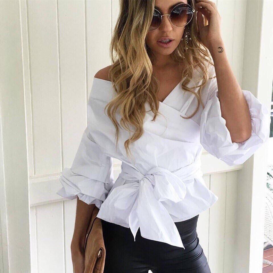 Красивая блуза с поясом-бантом