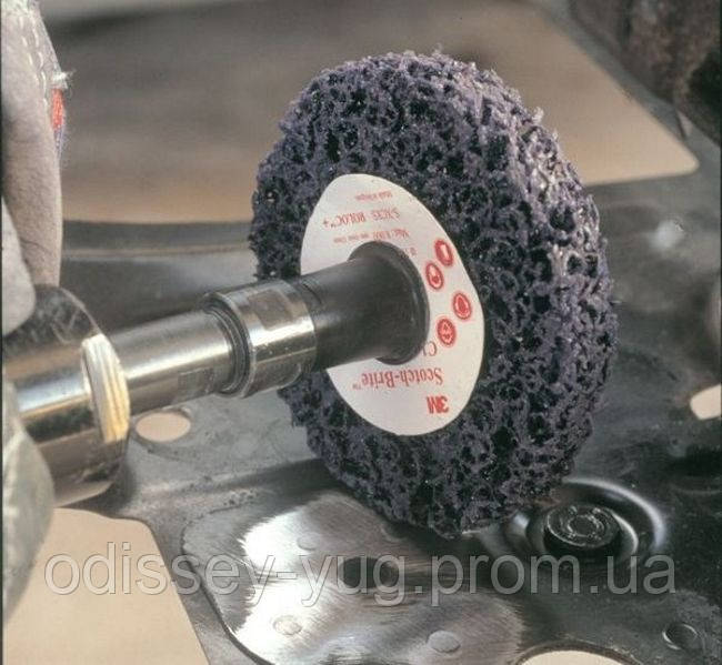 Зачистной круг 3М Scotch-Brite Roloc+ XT-ZR S XCS 100 мм х 13мм . фиолетовый.05814.