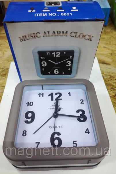 Часы - будильник c большим цыферблатом (4 рацветки)