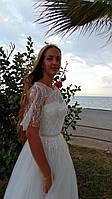 Легке весільне плаття А-силуету