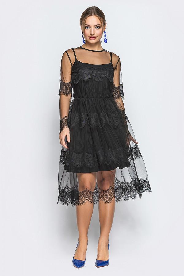 Вечернее женское платье с фатином