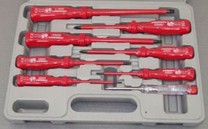 Набор отверток диэлектрических SL 0,4х2,5х85-1,2х6,5х150  и PH #0-2, 8 пр.  D02AP08S (Jonnesway, Тайвань)