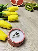 Серебряное кольцо с камнем Черная Шпинель