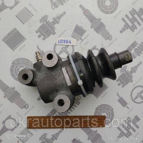Циліндр зчеплення робочий ЛАЗ 695 (GO) (695Е-1602120 (GO))