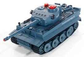 Танк на радиоуправлении впечатляющий и функциональный танк имеет световые эффекты и звуковое сопровождение боя