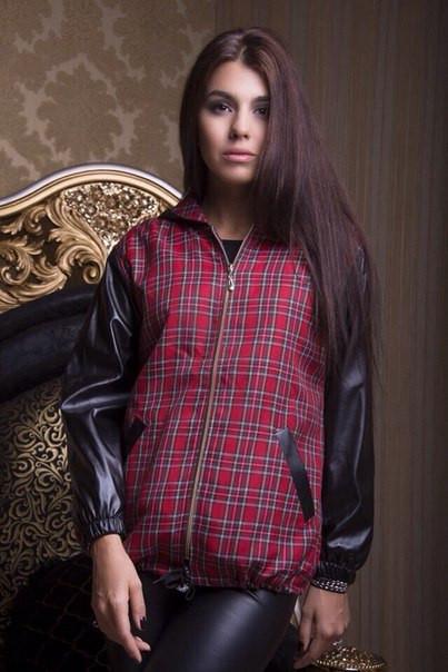 Женская куртка клетка с экокожей