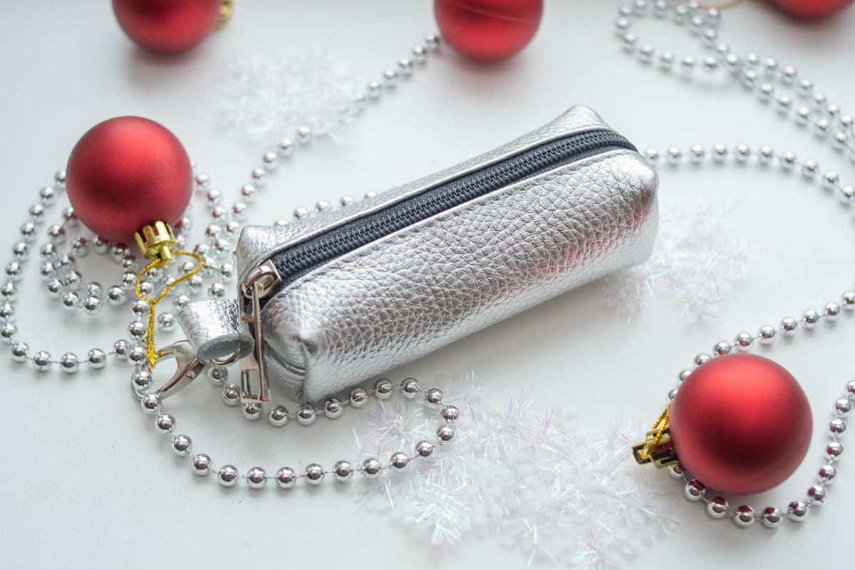 Ключница кожаная 02 серебро флотар 06020111
