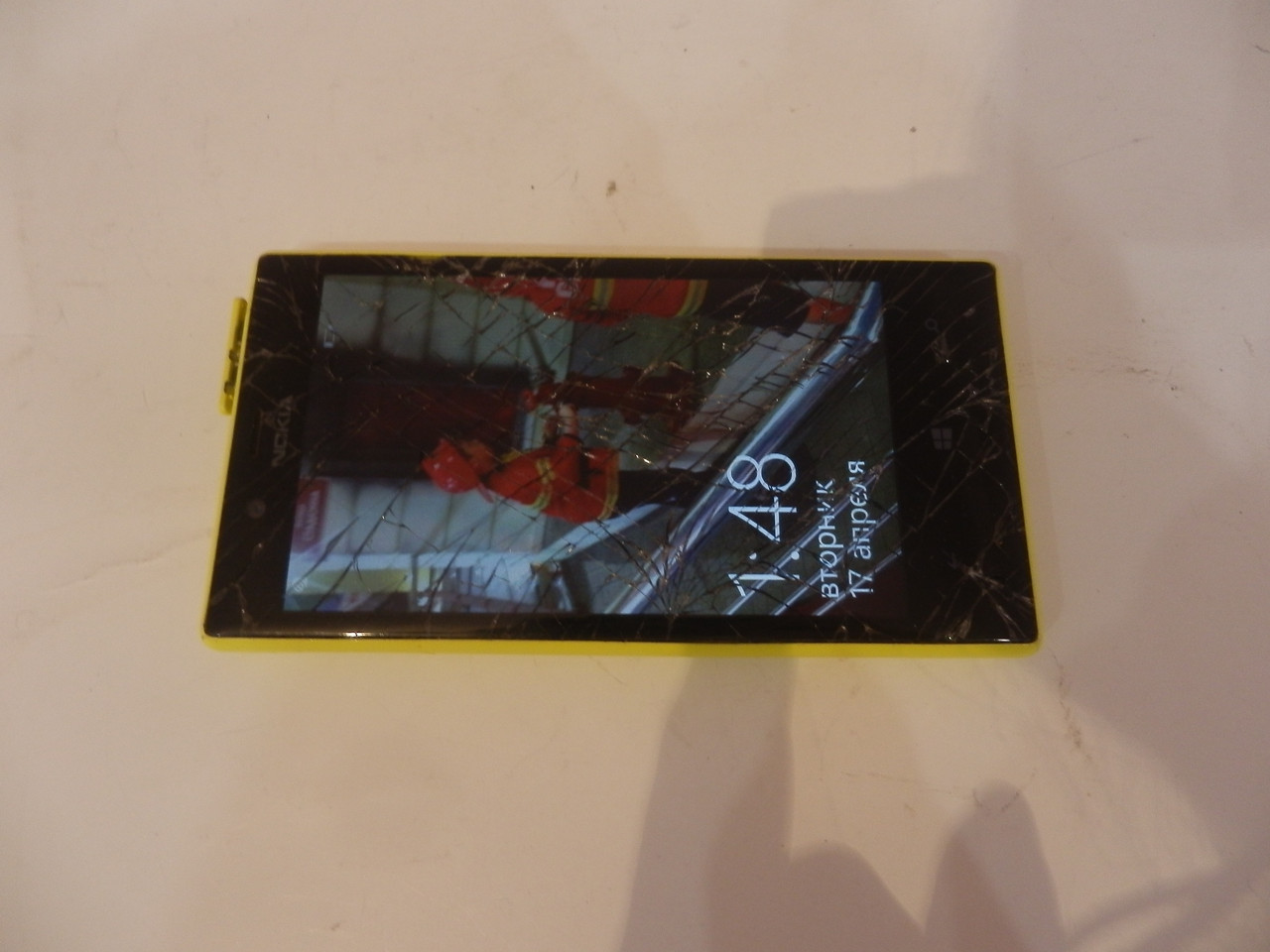 Nokia Lumia 720 Yellow №6105 на запчастини
