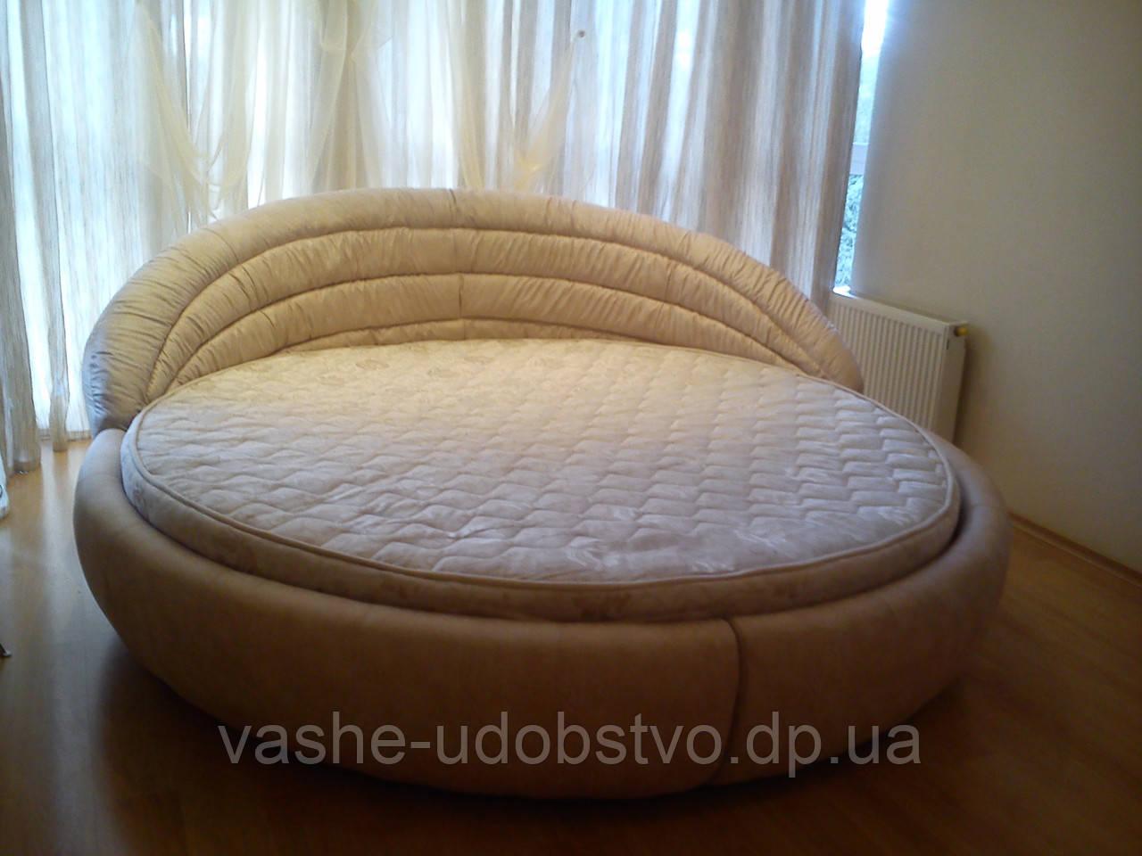 Перетяжка и ремонт кроватей.