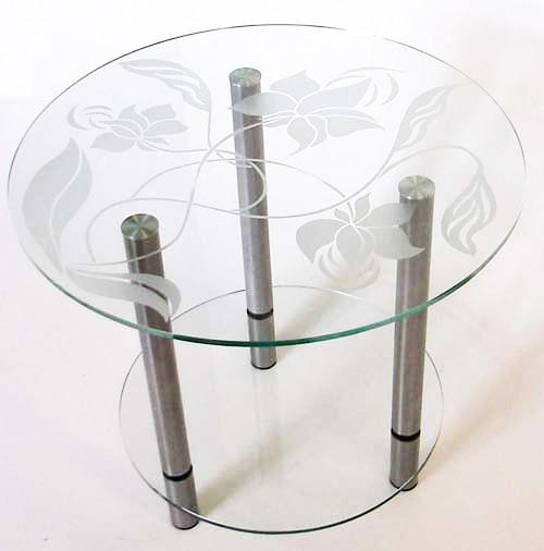 Пасти Альтимат на скляному столі