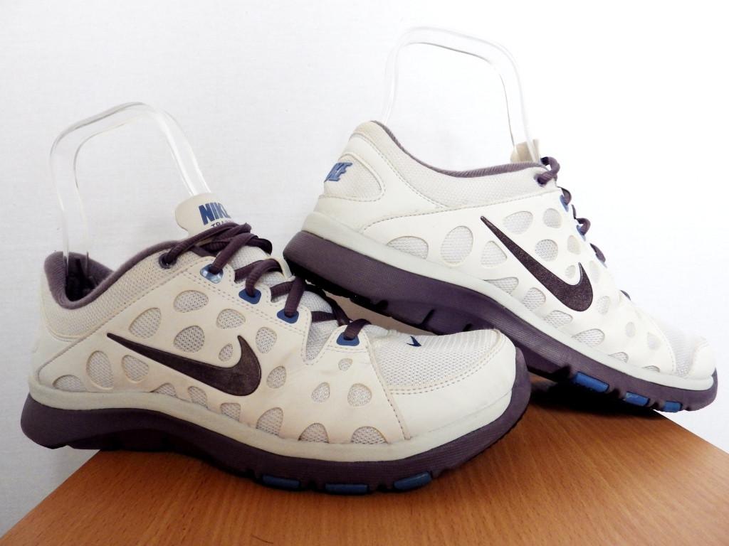 Женские беговые кроссовки Nike Flex Supreme TR 100% Оригинал р-р 39 (25 см)  (б у,сток) original найк белые be56d5f767e