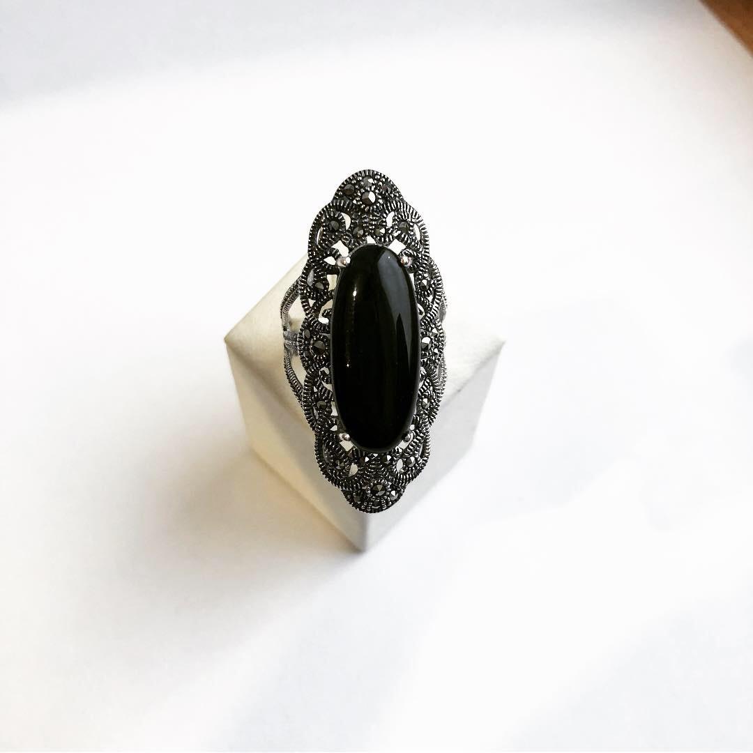 Кольцо перстень из серебра с ониксом 2