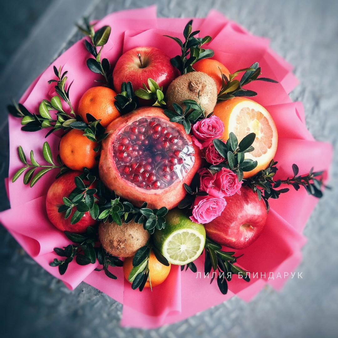 oranzheviy-buket-iz-fruktov-kiev