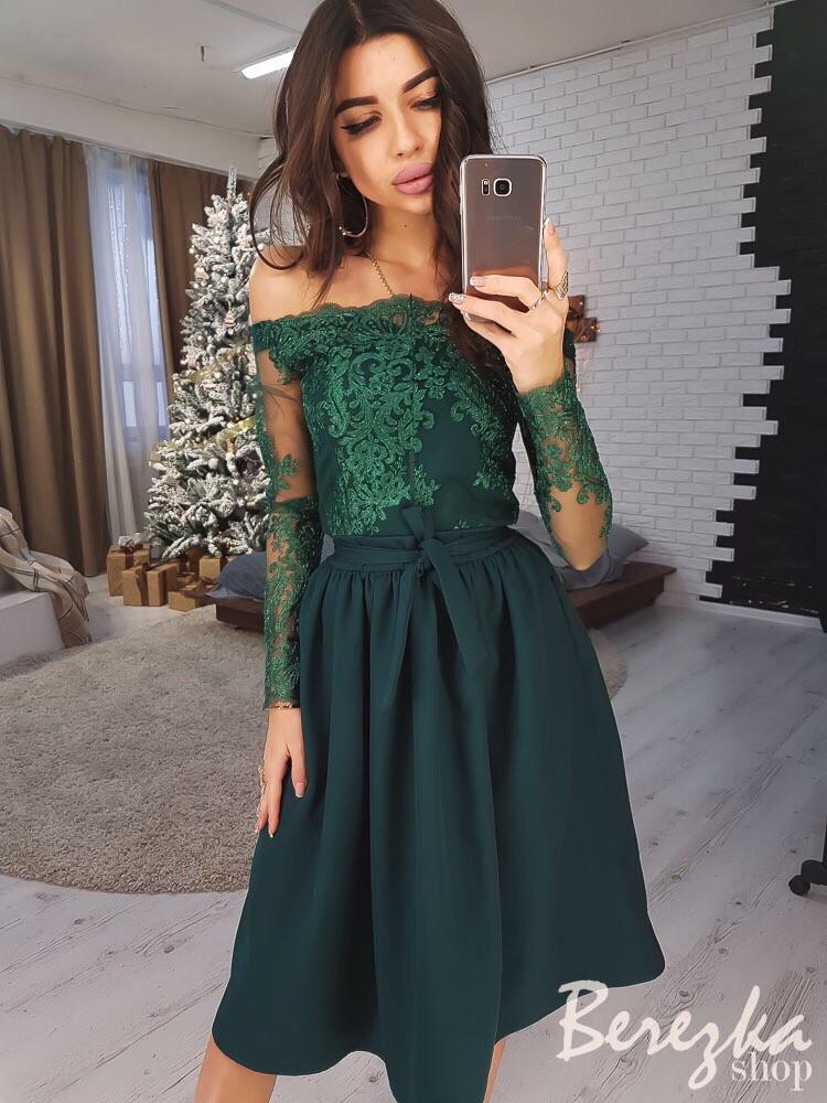 baf505d6859 Эффектное женское платье (костюмка