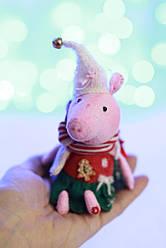 Интерьерная игрушка свинка Пепа  ручной работы