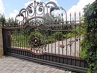 Ворота металлические с элементами ковки
