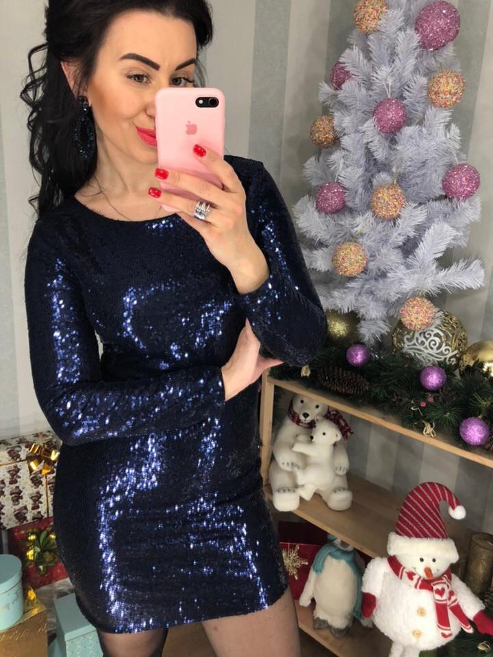 Шикарне плаття з блискучою пайеточной тканини . Розмір: М-42 І Л-44 . Різні кольори (0430)