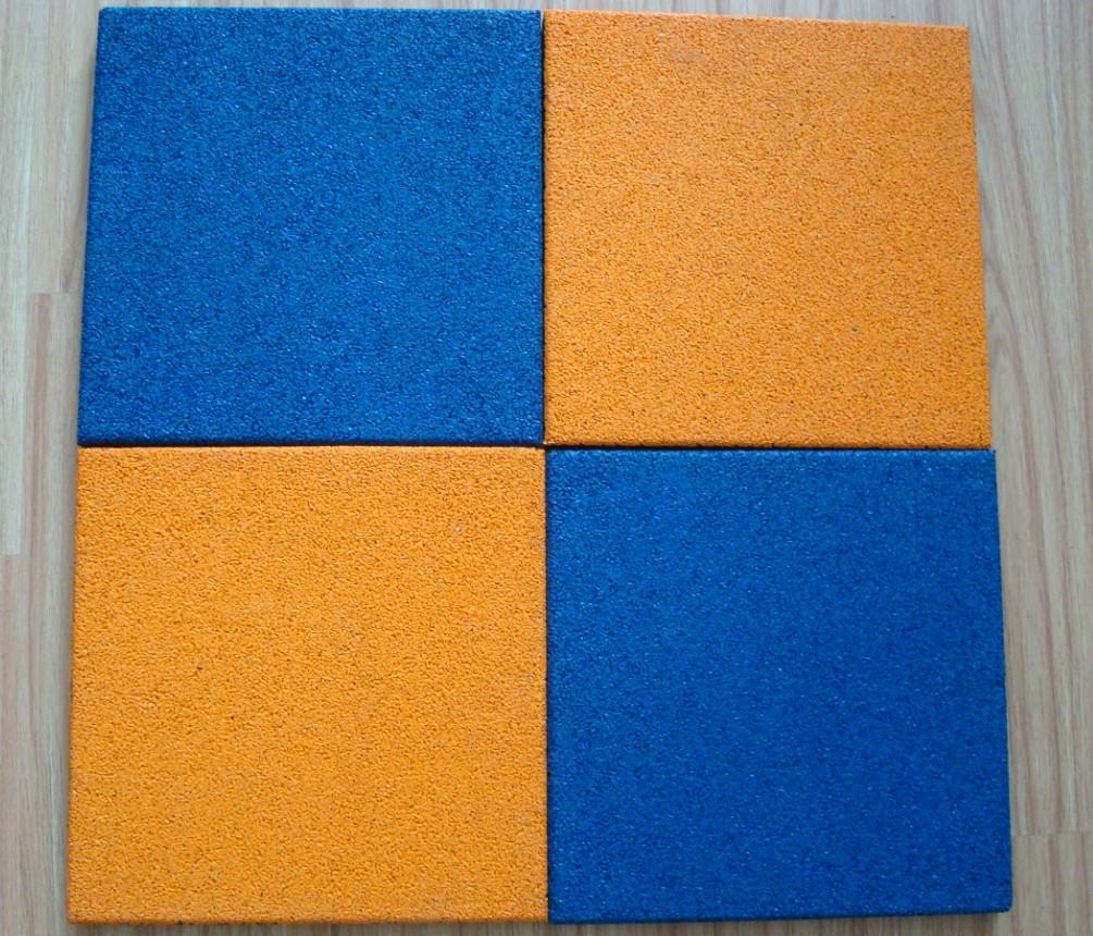 Резиновая плитка 500х500х40 желтая