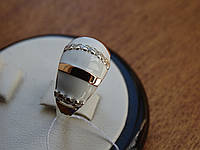 Серебряное кольцо с золотой пластинкой и белой эмалью ювелирный украшение женское серебро перстень