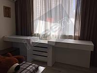 г.Киев, ул.А.Ахматовой - стол в детскую для 2-х человек
