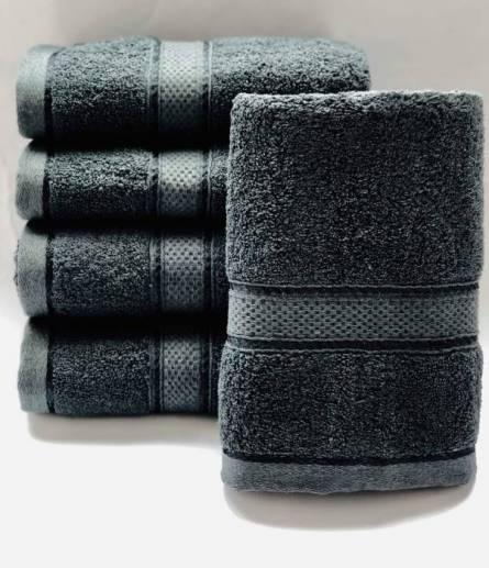 Красивый набор лицевых  полотенец   темного цвета  Размер:1,0 x 0,5