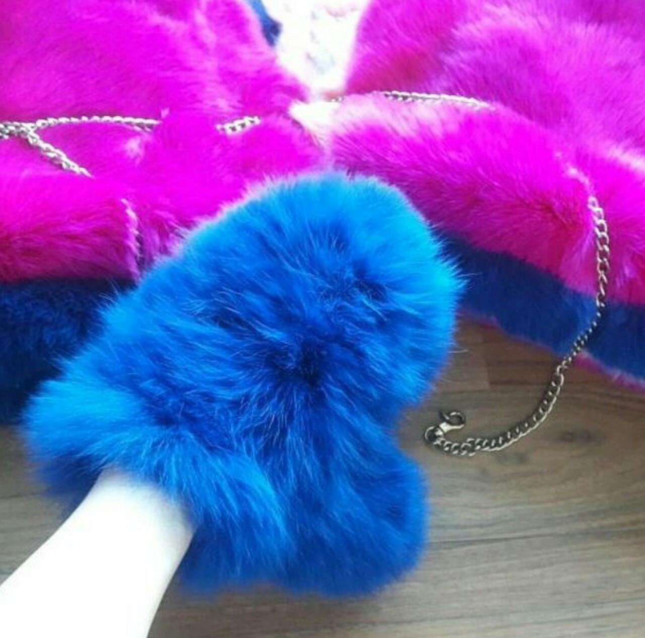 Объёмные меховые рукавички, варежки на съёмной цепочке из натурального меха кролика