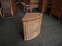 Ящик угловой для белья плетеный из лозы