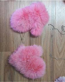 Объёмные меховые рукавички, варежки на съёмной цепочке из натурального меха кролика розовые