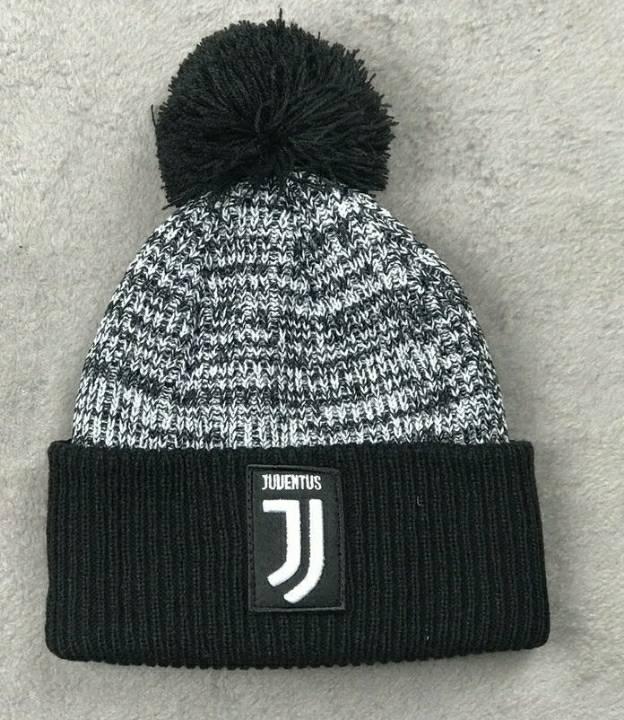 Зимняя шапка Ювентус серая