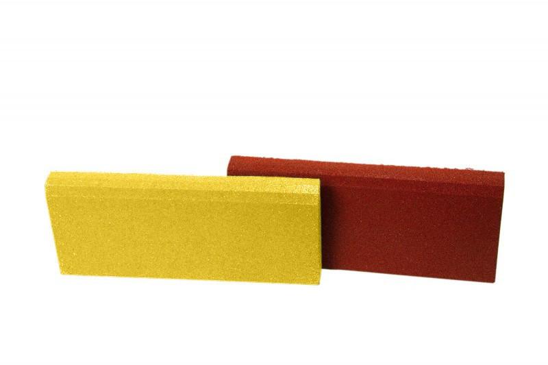 Резиновый бордюр 500/250/40 ярко-желтый