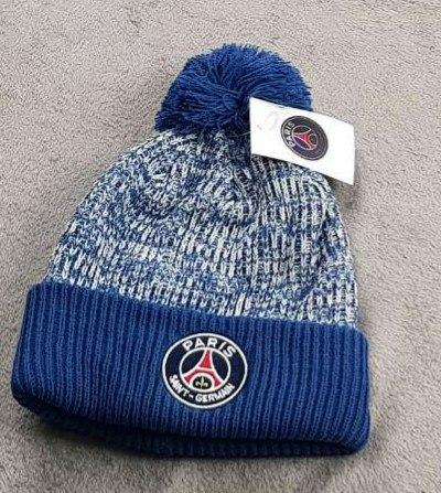 Зимняя шапка ПСЖ