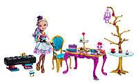 """Набор Ever After High Madeline Hatter с мебелью """"Чайная вечеринка"""""""