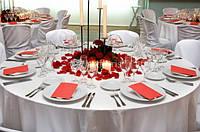 Свадебное оформление зала, украшение цветами и тканями, декор для выездной церемонии, свадебная флористика от ТМ Артфлорис