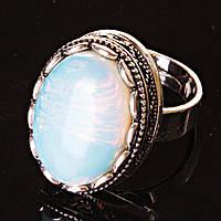 """Кольцо с Лунным камнем, оправа """"зубчик"""" """"М"""" овальный камень 2,1*1,6 см без р-р"""