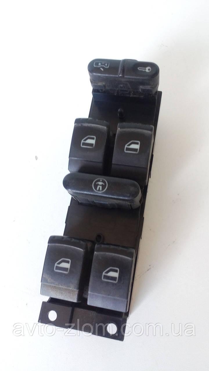 Блок управления стеклоподъемниками Volkswagen Golf 4. 1j4 959 857.